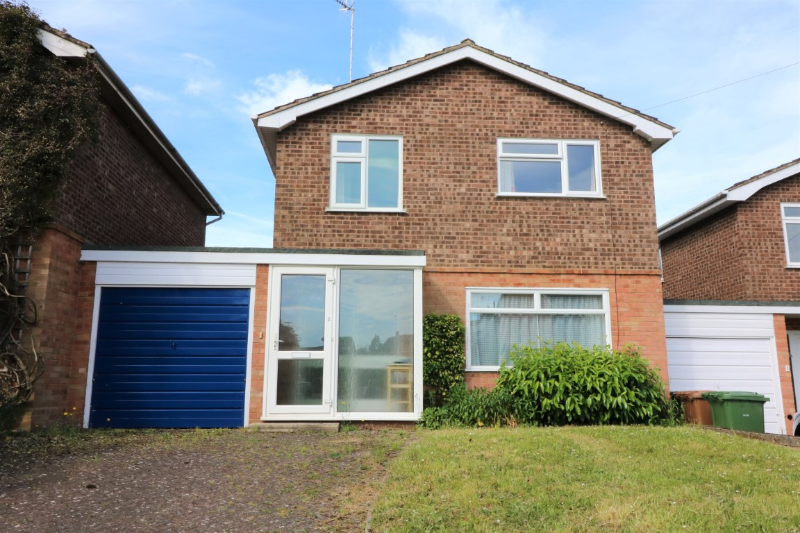 2 Brook Lane, Charlton, Worcestershire, WR10 3LG - Click for more details