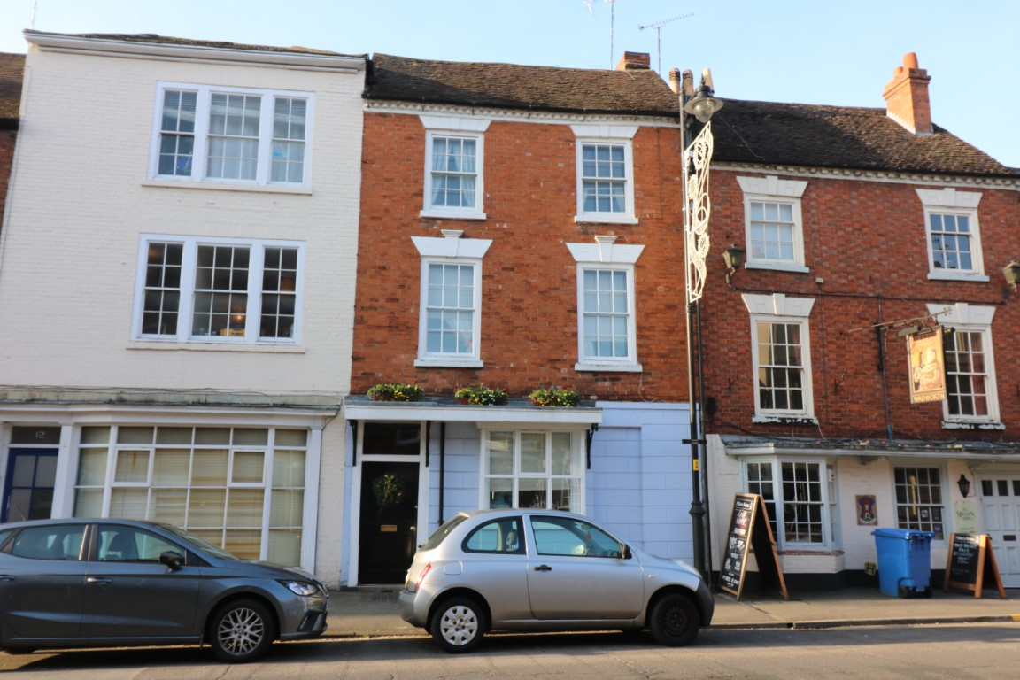 10 Bridge Street, Pershore, Worcestershire - Click for more details