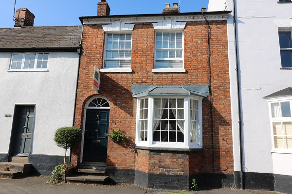 138 High Street, - Click for more details