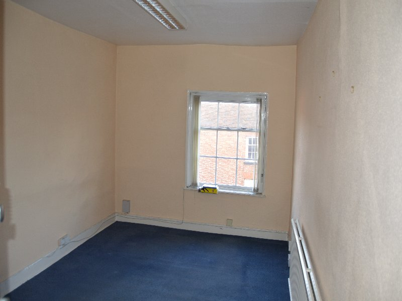 Office 6, 40 High Street - Click for more details