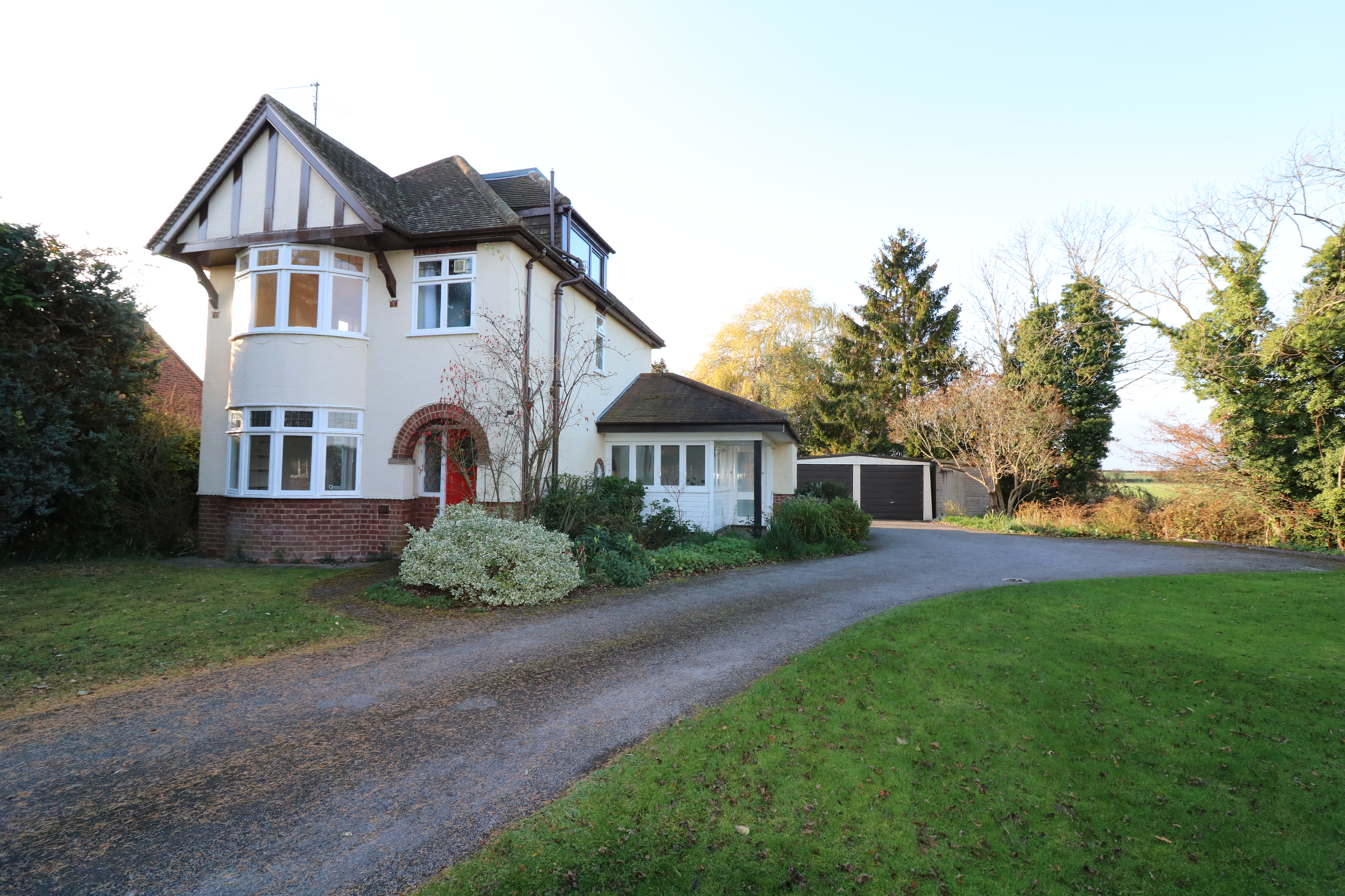 69 Victoria Road, Bidford on Avon, Alcester - Click for more details