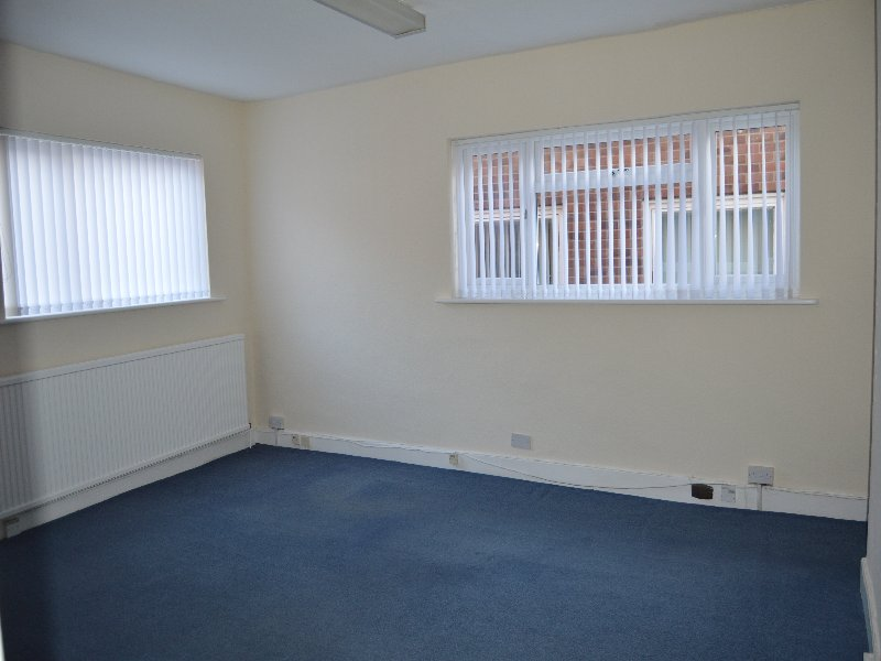 Office 5, 40 High Street - Click for more details