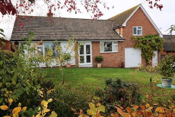 4 Cherry Orchard Charlton - Click for more details