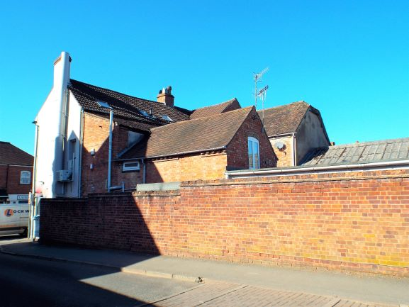 45a High Street Pershore - Click for more details